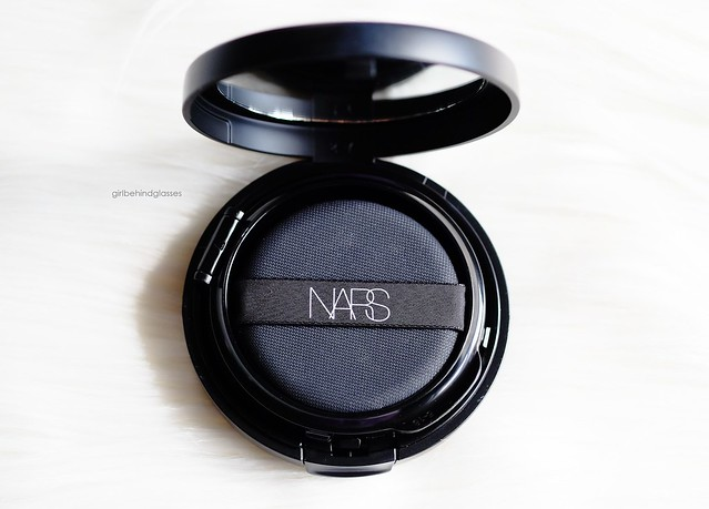 NARS Aqua Glow Cushion Foundation2