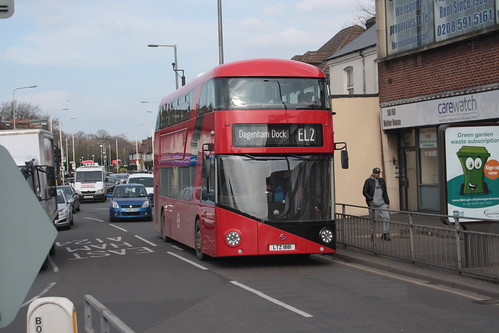 Go-Ahead London LT881 LTZ1881