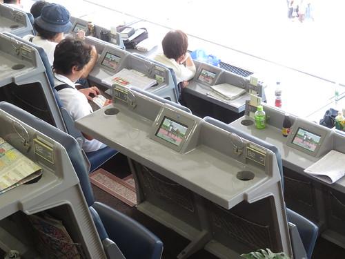 小倉競馬場の4階A指定席の画面