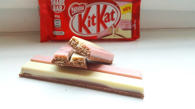 KitKat Duo Raspberry Cheesecake
