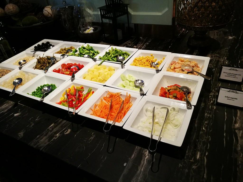 Selection of garden mix