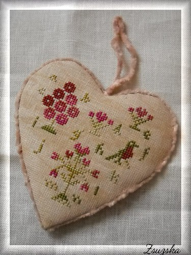 wtnt, valentine sampler, cross stitch, heart (3)