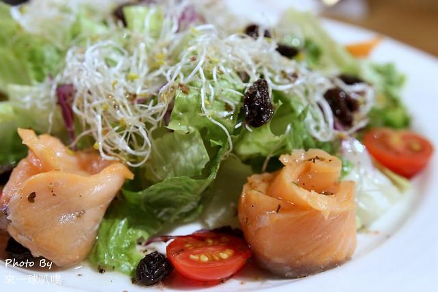 佐式義餐酒館24