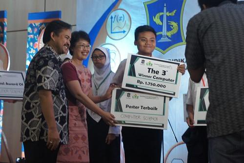 Juara 3 Peneliti Belia Surabaya