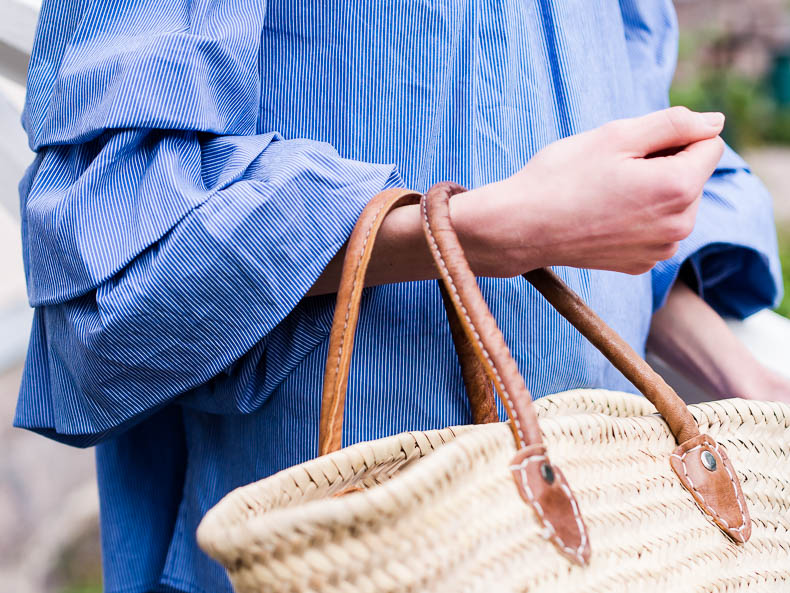 Ruffle sleeves and basket bag