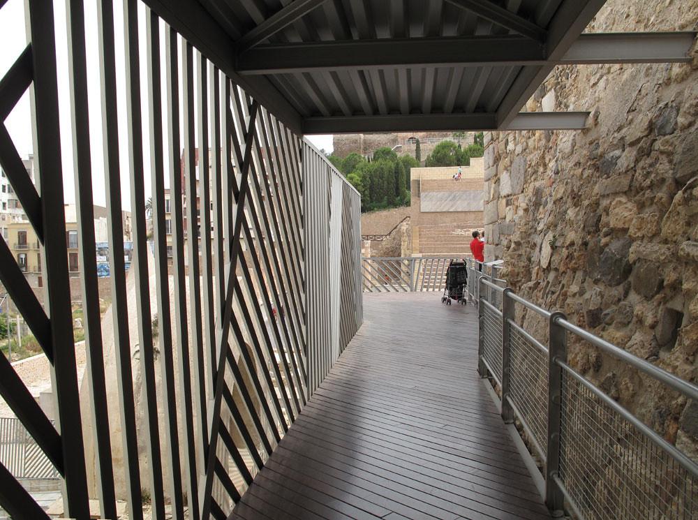 museo teatro cartagena_patrimonio_rafael moneo_intervención pasarela metálica
