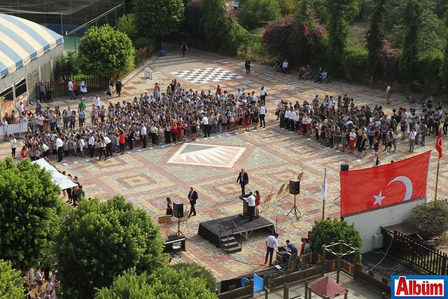Bahçeşehir'den görkemli tören