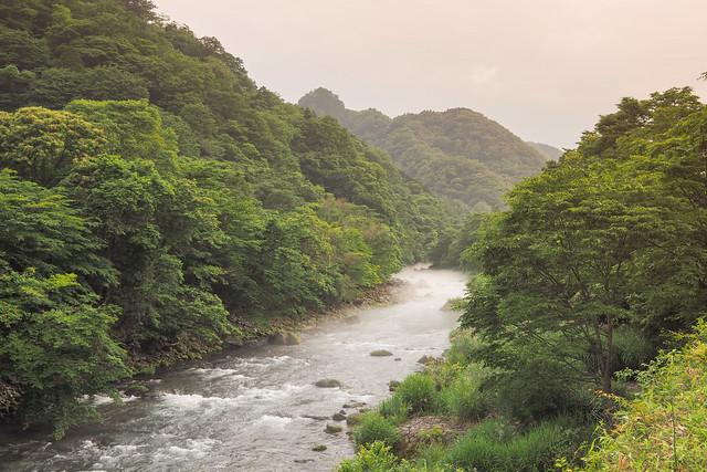 ..Rivière magique à Nikkō..