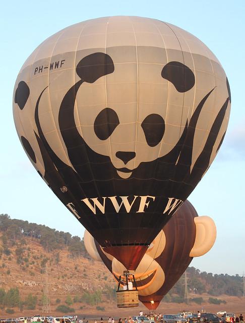 PH-WWF