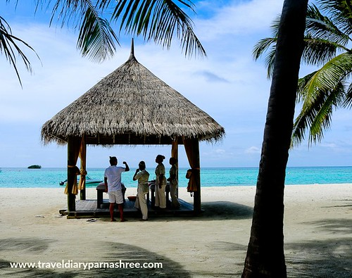 Maldives | Photo Provided by traveldiaryparnashree.com | 10 Tropical Destinations for the Winter Holidays