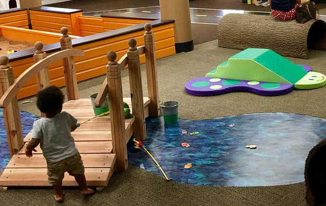Kids Square - Pond