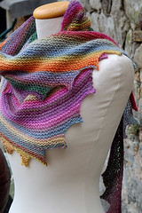 😍😍😘 How I loved this knitted scarf, what a beautiful colorful model very charming