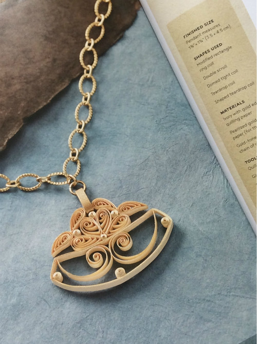 Classic Filigree Quilled Pendant, The Art of Quilling Paper Jewelry Book