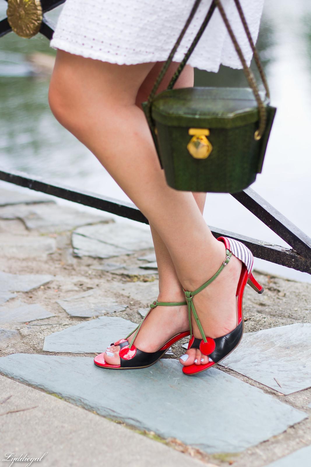 white eyelet lace dress, green snake box bag, cherry pumps-8.jpg