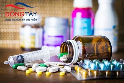 Sử dụng thuốc có thể gây ra chứng run chân tay ở người già