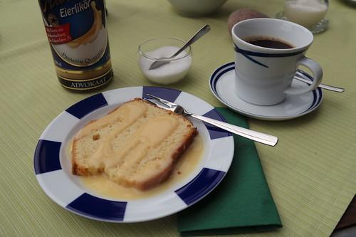 Gustinkuchen mit Eierlikör zum Nachmittagskaffee