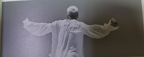 Taeyang WHITE NIGHT RED Edition (35)