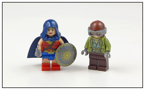 LEGO DC Super Heroes 76075 Wonder Woman Warrior Battle 14