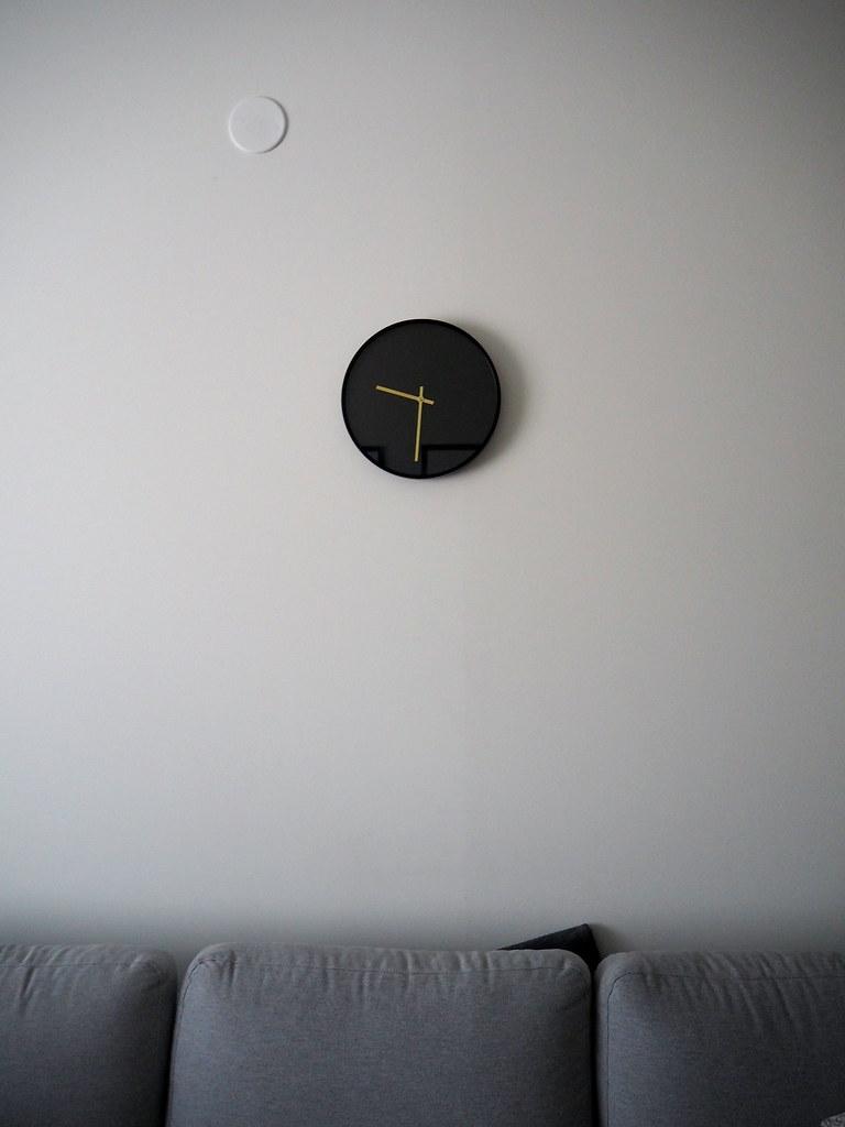 olkkari kello sohva