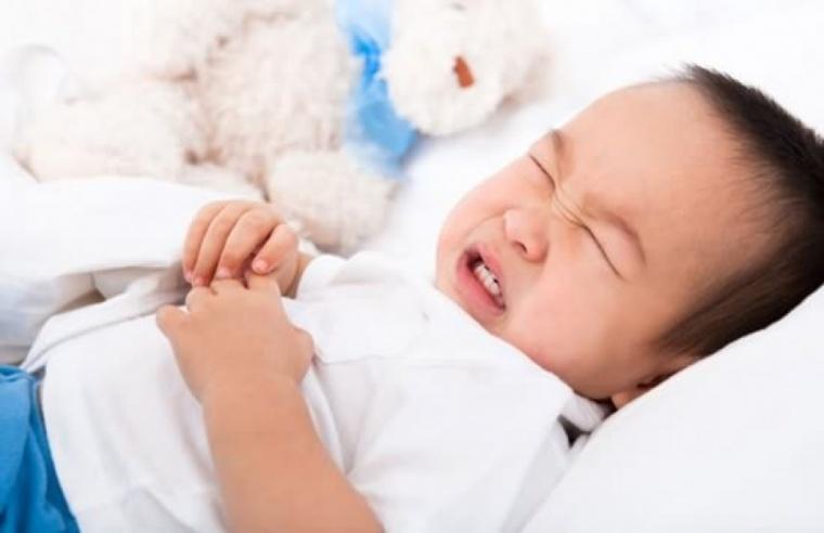 Cara Mengatasi Gangguan Saluran Cerna Pada Bayi