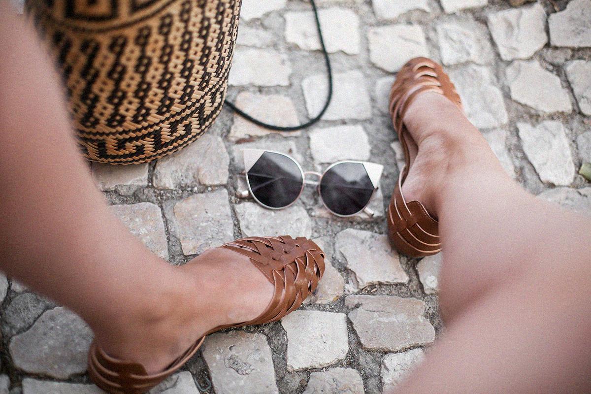 pañuelo-cabe-zacamisa-volantes-shorts-levis-outfit-myblueberrynighsblog-lisboa13