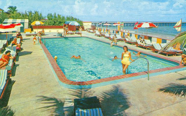 Atlantique Resort Motel, Miami Beach, Florida