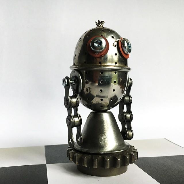 Chess game: Tea ball Cavalier