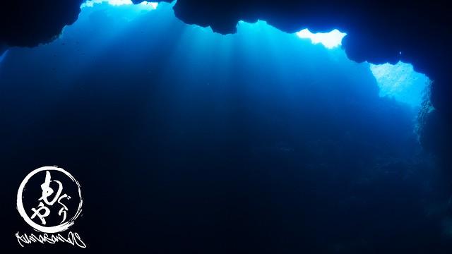 洞窟の光もキレイでした♪
