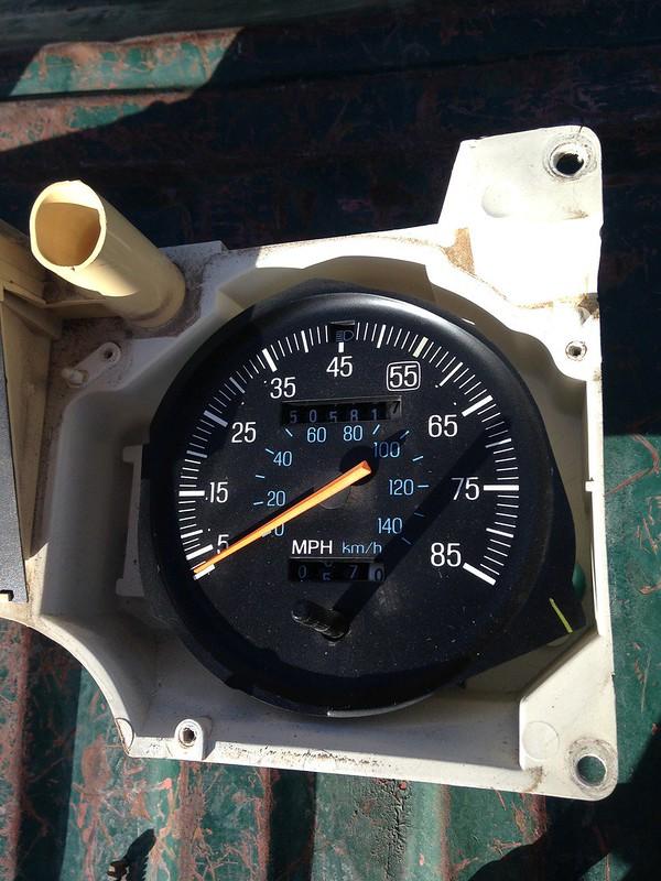 83-86 gauge cluster w/ tach swap - The Ranger Station Forums