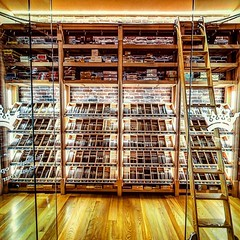 Ashton Cigar Bar - Philadelphia #PA. One of the most iconic cigar bars in America & located right above @holtscigar in Rittenhouse. They have large selection of cigars & a bar stocked with nearly every top-shelf whiskey you can imagine. The feel is comfor