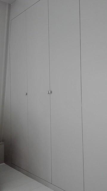 Kastenwand slaapkamer grijs