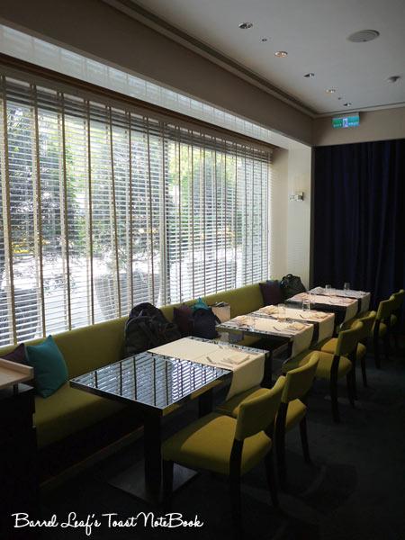 ambassador-hotel-aqua-lounge-buffet (4)