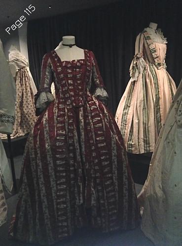 Fashion Museum02