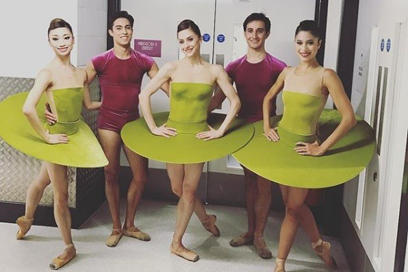 The Royal Ballet backstage at the Hull 2017 gala © Instagram/James Hay