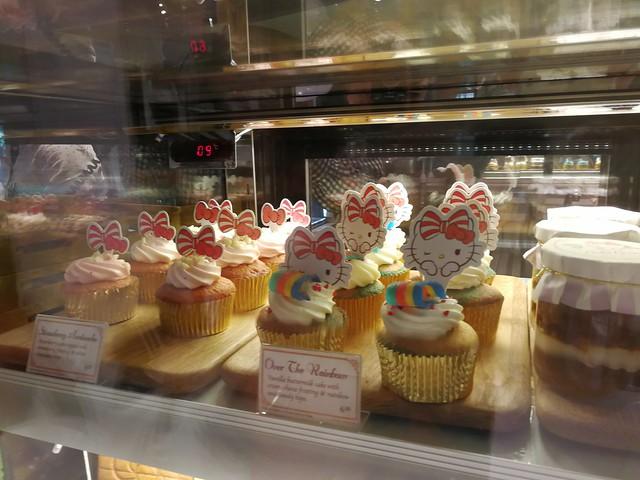 Hello Kitty Desserts