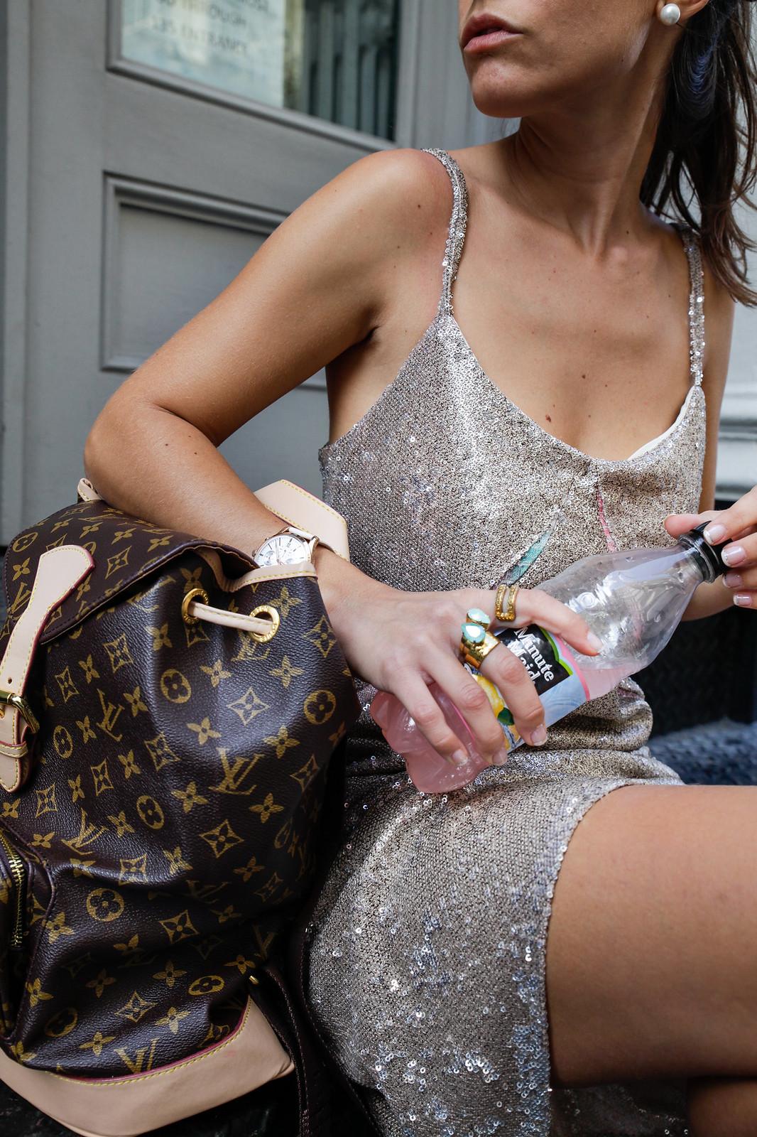 01_vestido_lentejuelas_casual_look_theguestgirl_nyc_fashion_show