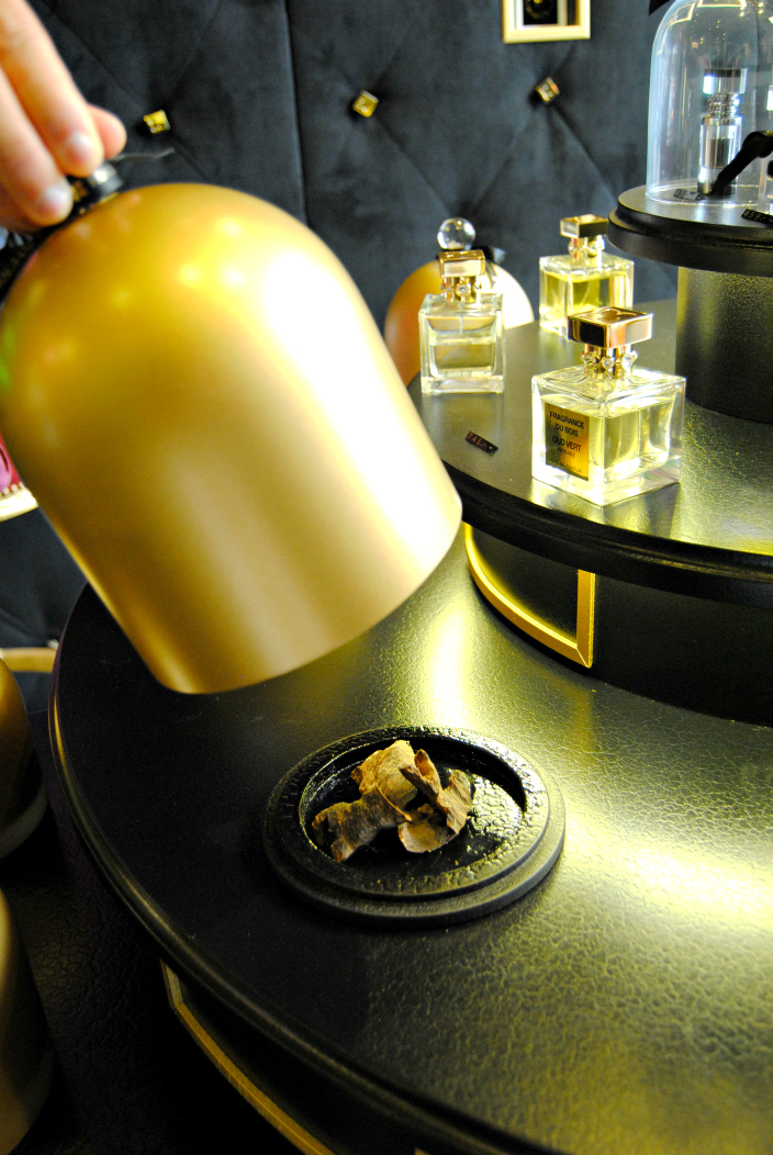 Fragrance du Bois Geneva (003b)
