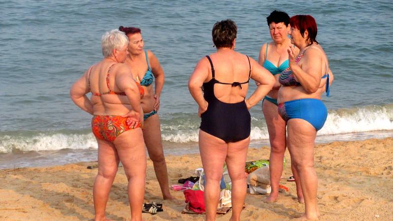 Babushkas wear Bikinis Pattaya beach