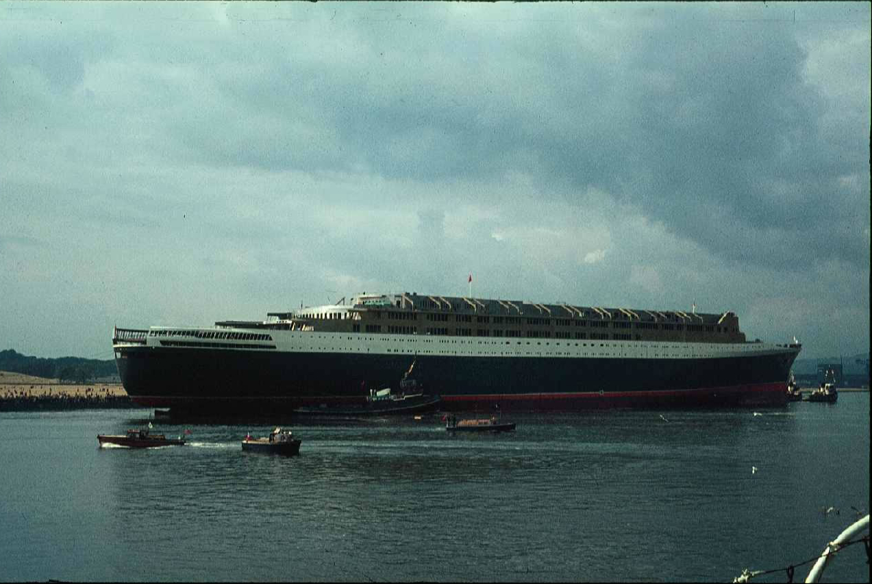 The newly-named Queen Elizabeth 2 enters the River Clyde in Scotland, September 20, 1967