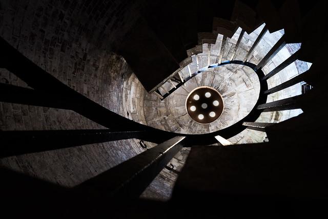 Hurst Castle Stairs, Fujifilm X-Pro2, XF14mmF2.8 R