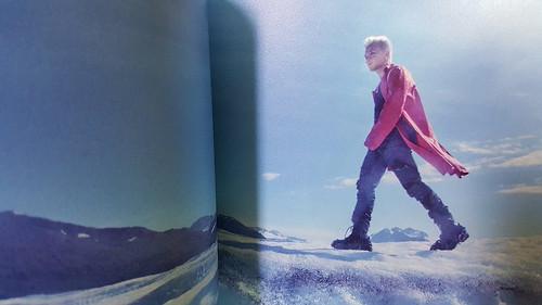 Taeyang WHITE NIGHT RED Edition
