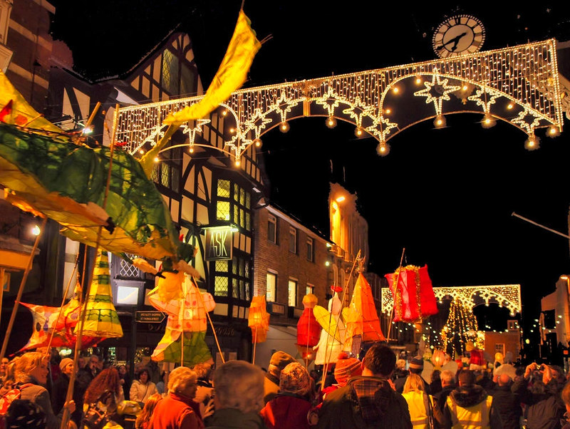 The Christmas lantern Parade at Winchester. Credit Anguskirk, flickr