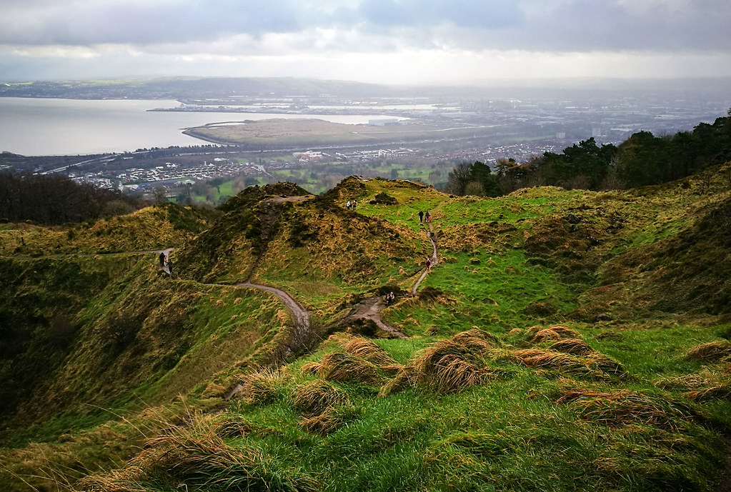 Cave Hill Walk – Perfect Day Trek with Divine Views over Belfast | Live now – dream later travel blog