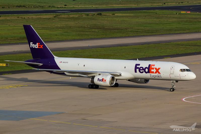FedEx - B752 - N903FD (3)