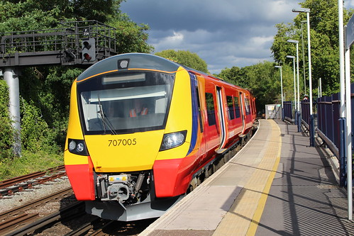 South West Trains 707005, Staines