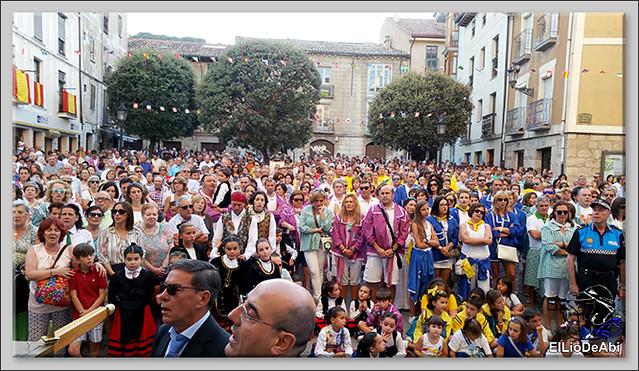 #BriviescaFiestas17 Procesión del Rosario  y Canto de la Salve (6)