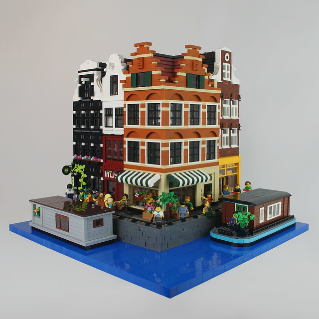 LEGO Modular Buildings: Amsterdam Canal Houses