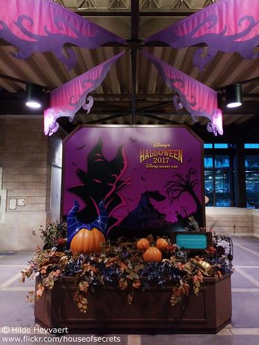 Halloween in Tokyo Disney Sea station