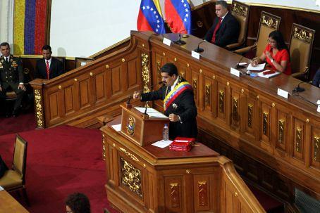 Maduro anuncia aumento salarial de 40% a trabalhadores e taxação de grandes fortunas