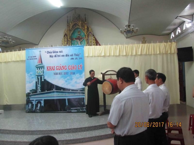 Giáo xứ Ghềnh Ráng khai giảng năm học giáo lý 2017-2018